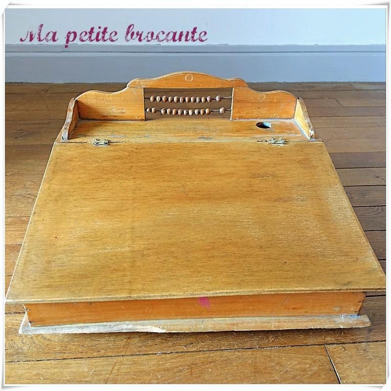 Ancien pupitre écritoire avec boulier d'enfant